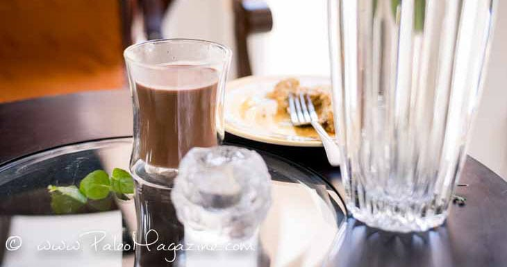 Paleo Peppermint Hot Chocolate | DoYouEvenPaleo.net