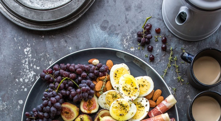 7 Tips to Save Money on Groceries and Still Eat Delicious Healthy Meals | DoYouEvenPaleo.net