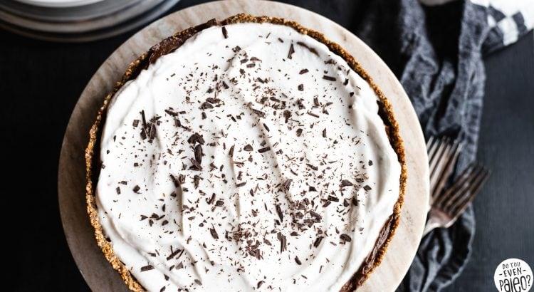 Paleo Faux Peanut Butter Chocolate Avocado Pudding Pie | DoYouEvenPaleo.net